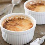 Francuski tradycyjny deser creme brulee